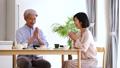 中間夫婦餐桌膳食生活方式圖像 49178626