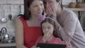 家族 おばあさん おばあちゃんの動画 49206475