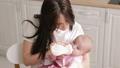 保育 ベビー 食べさせるの動画 49819722