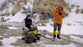 ハイキング 山歩き 自然の動画 49957411