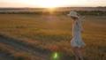 帽子 ハット ダンスの動画 49958436