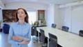 キャリアウーマン ビジネスウーマン 女性実業家の動画 49977863