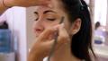 つける メイクアップ 化粧の動画 50295757