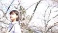 桜と女性のポートレート 50335902