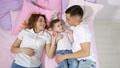 ファミリー 家庭 家族の動画 50627248