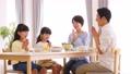 親子 食事 食卓 ファミリーイメージ 50648263