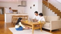 親子 リビング 子供の動画 50653963