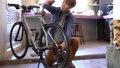 人物 男性 自転車の動画 50675244