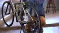 人物 男性 自転車の動画 50675246