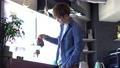 人物 ライフスタイル キッチンの動画 50675251