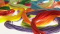 เส้นด้ายแนวนอนสีสันสดใสดอลลี่ 50716987