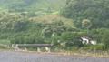 고요한 농촌 마을 입구 농가 주택과 다리 50722942