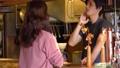 店員 接客業 カフェの動画 50957496