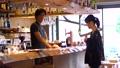 店員 注文 カフェの動画 50957519
