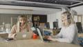 ビジネス 女の人 女性の動画 52997050
