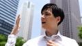 暑い 酷暑 男性の動画 53134395