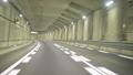 東京外郭環状道路のトンネル部分を走行する自動車からの主観映像 53591060