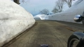 残雪の山道をサイドカーで走る 53626206