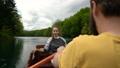 ボート カップル 二人の動画 53918634