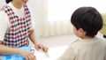 幼兒園老師和孩子們,畫畫 54002716