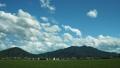 真壁側から見た筑波山に雲が流れる様子 54063267
