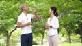 跑步飲食圖像的中間夫婦 54551038