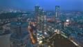 夜の東京のビル群 54592375