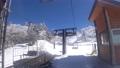 スキーリフトを降車する 54625936