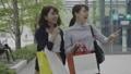 女性 友達 ショッピングの動画 54720676