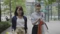 女性 友達 ショッピングの動画 54720677