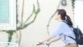 女性 ビジネスウーマン 自転車の動画 55222066