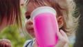 ベビー 赤ちゃん 赤ん坊の動画 55241447