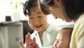 人物 子供 赤ちゃんの動画 55963455