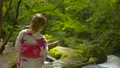 女性 着物 奥入瀬渓流の動画 56577322
