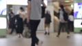 通勤图象人群人群通勤到学校许多男人妇女新宿站的车站 56946508