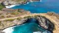 バリから離島へ 絶景が広がるペニダ島 57018521