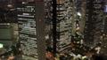 東京ナイト 新宿高層ビル群 トワイライト タイムラプス ズームイン 57043920