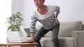 男性 シニア 腰痛の動画 57044324