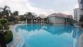 シンガポール・ホランドビレッジのマンションのプールの様子 59507716