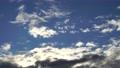 青空と雲のタイムラプス 流れる雲 61301354