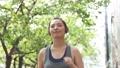 20多歲的女性慢跑形象 61486826
