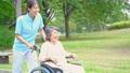 介護 車椅子 介護士  66527052