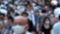 日本 東京 夏 マスクを着けた人々 群衆 雑踏 人混み (新型コロナウイルス対策) 67772523