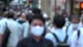 日本 東京 夏 マスクを着けた人々 群衆 雑踏 人混み (新型コロナウイルス対策) 67772535