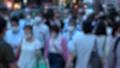 日本 東京 夏 マスクを着けた人々 群衆 雑踏 人混み (新型コロナウイルス対策) 67772556