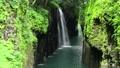 高千穗峽谷的馬奈瀑布和新鮮綠化 68062246