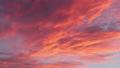 パン撮影した綺麗な夕焼けの空風景 69294055