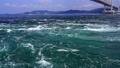鳴門海峡の渦潮 69328003
