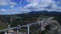 2021年3月開通予定の新阿蘇大橋、2016年4月の熊本地震で倒壊後に建設されている新阿蘇大橋 69487120