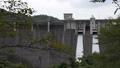 ダムの放水シーン 69550002